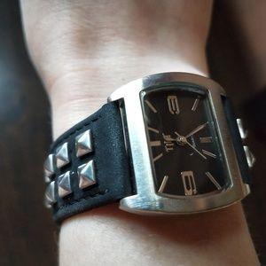 TILT adjustable wristwatch black, studded